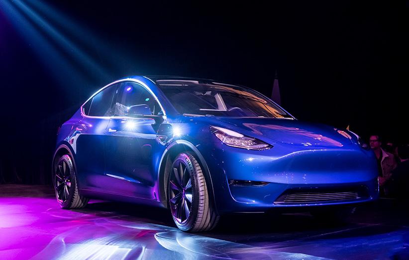 Tesla Model Y Unveiled 03 - تسلا مدل Y معرفی شد؛ کراساوور جذاب تسلا